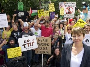 Anti-TTIP-Proteste sind weltweit aktiv. Hier in Brighton, Großbritannien.