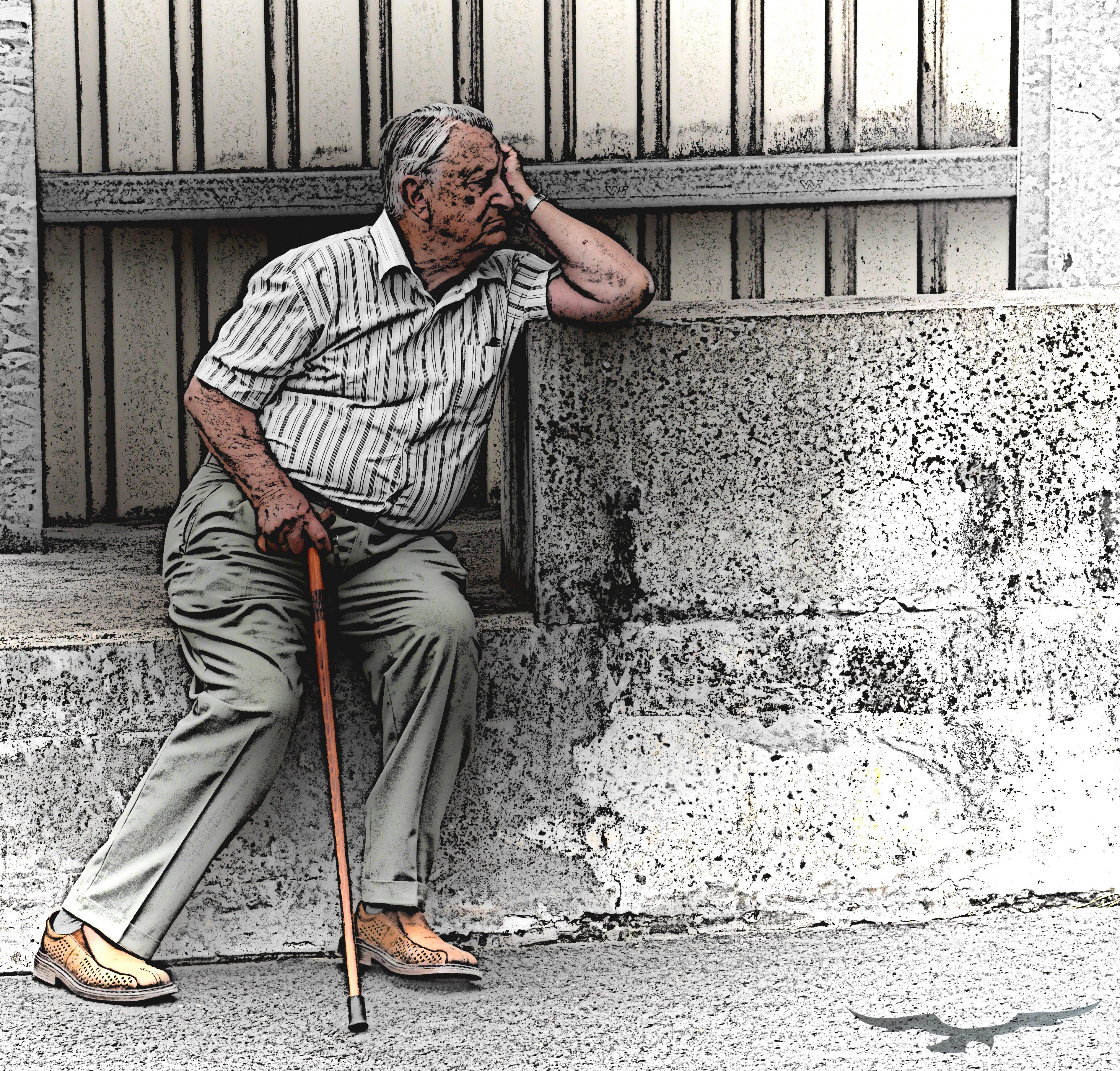 Trotz Rentenerhöhung – Altersarmut wächst lawinenhaft