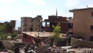 Die zerstörte Stadt Şirnak. Bild von: Maryanne Lavelle.