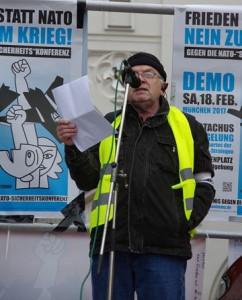 Walter Listl bei der Auftaktkundgebung am 18.2.2016 am Stachus