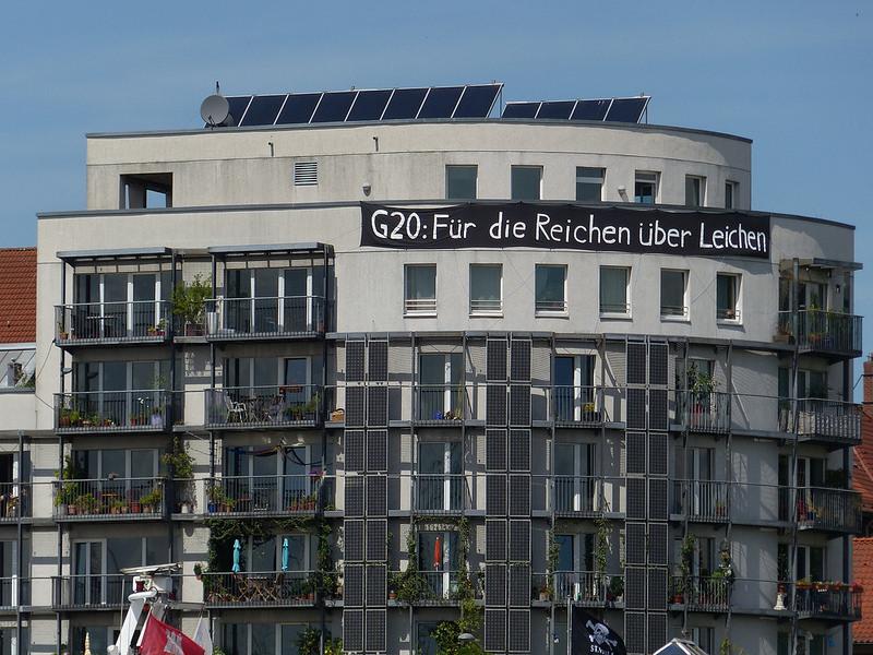 Skyline Hamburg Hafen G20 Protest from Flickr