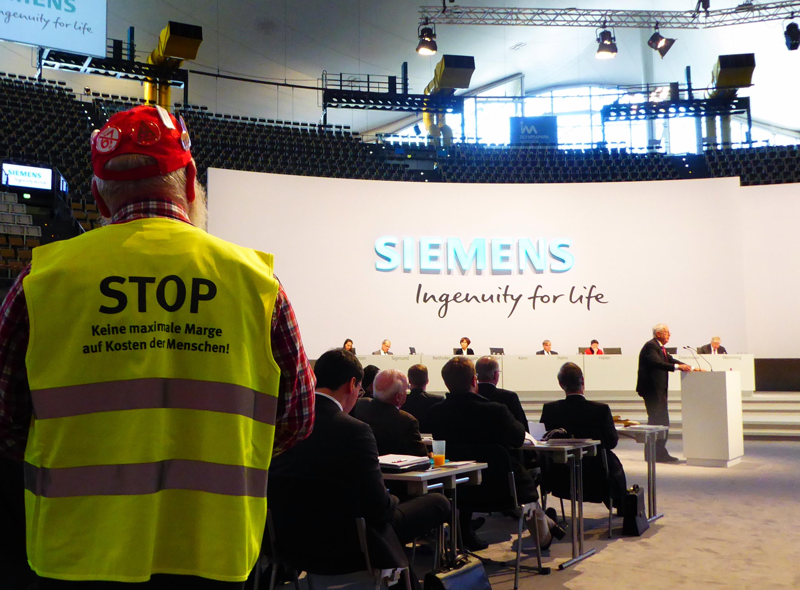 """Siemens-HV: Beschäftigte fordern """"Mensch vor Marge!"""""""