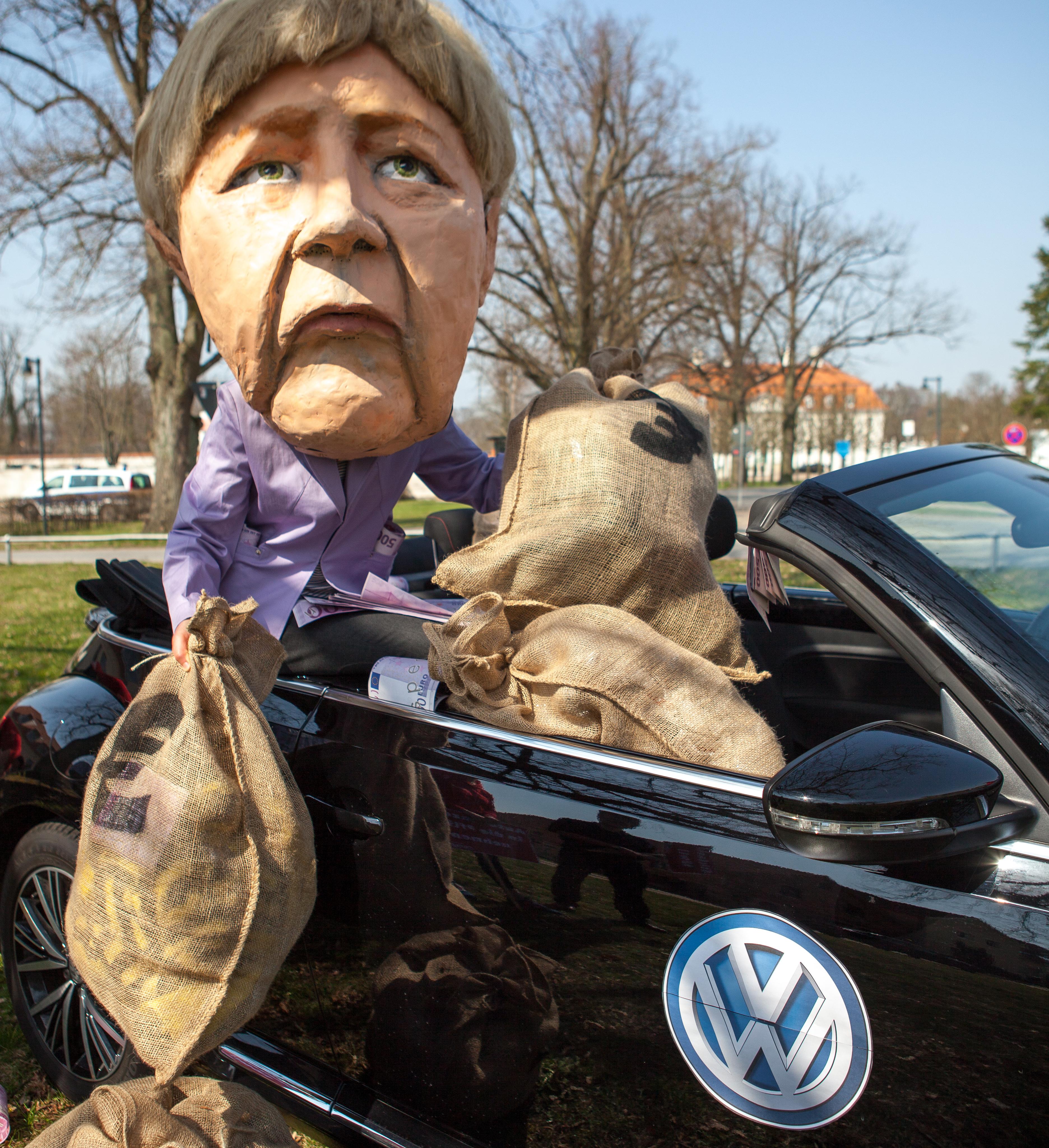 Was der Herbst so bringt: Diesel-Gipfel und Fahrverbote.