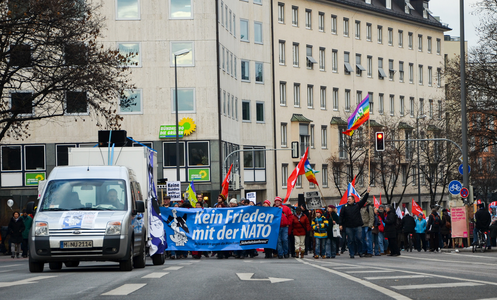 Fünf gute Gründe, am 16.02. in München gegen die sog. NATO-Sicherheitskonferenz auf die Straße zu gehen