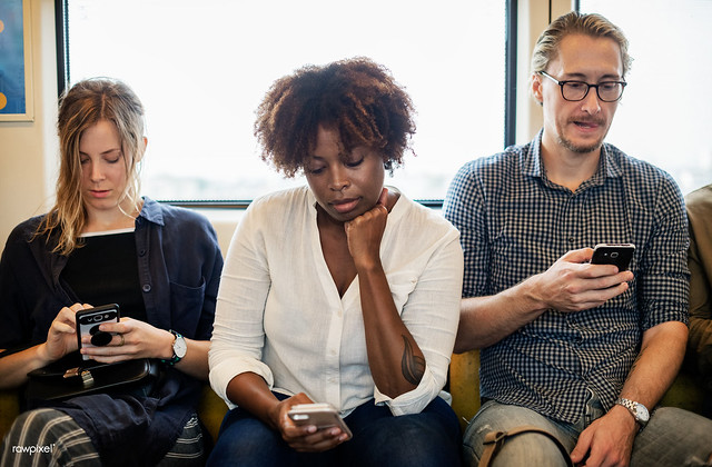 Bedeutungsverlust der Medien – Digitalisierung und Virtualisierung bestimmen den Trend