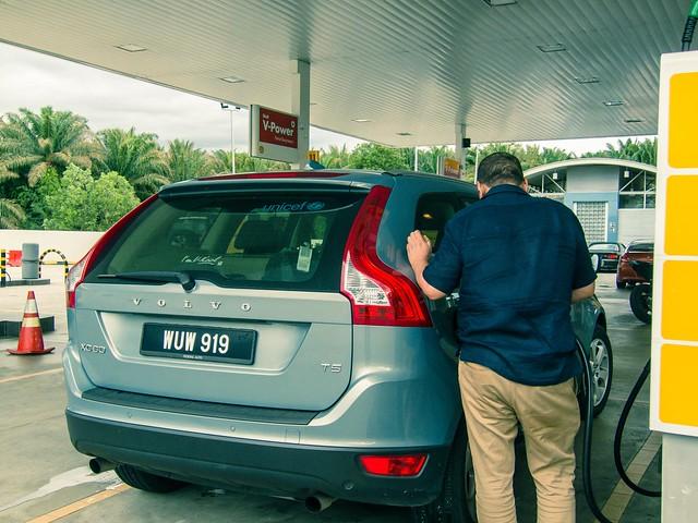 Die IAA – Kurs halten für das Auto mit Verbrennungs-Antrieb und Profit-Alternativen einplanen