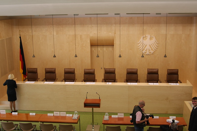 Bundesverfassungsgericht beschädigt Interessen des Finanzkapitals: das ist nicht schlecht, aber noch nicht gut