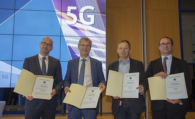 5G-Mobilfunk: Wirtschaftsprojekt mit Zweifelhaftem Nutzen: Huawei: Gefahr für wen?