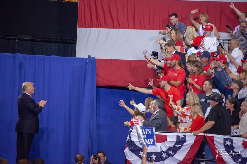 Vorsicht US-Wahlen: Trump ist längst noch nicht geschlagen!