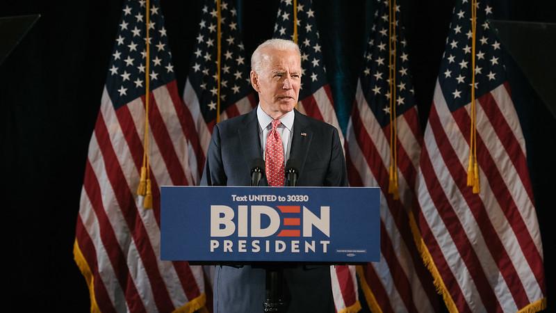 """Präsident Biden - """"Trumpismus mit menschlichem Antlitz"""" oder Versöhnung einer zerrissenen US-Gesellschaft?"""